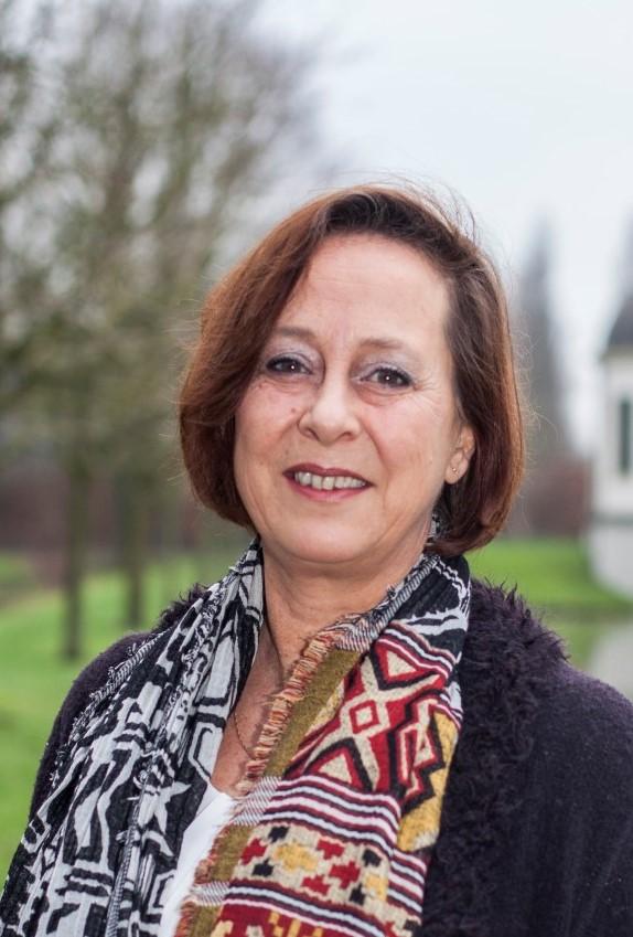 2. Gisela van Beek